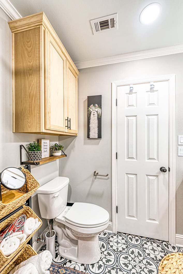 Surprise Bathroom - Toilet After