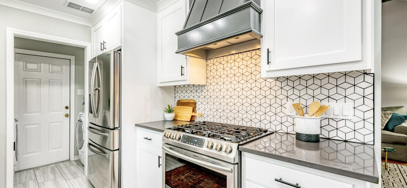 Christmas Kitchen and Guest Bathroom Remodel