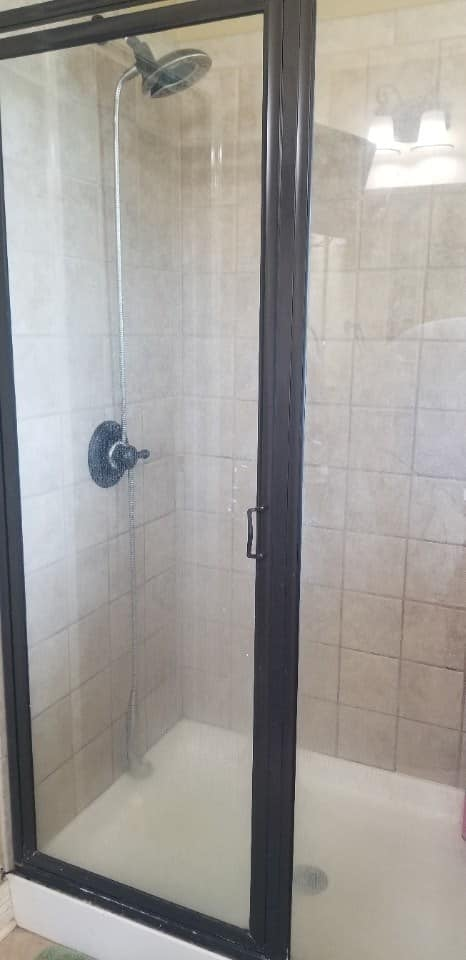 Modern Master Bathroom Makeover